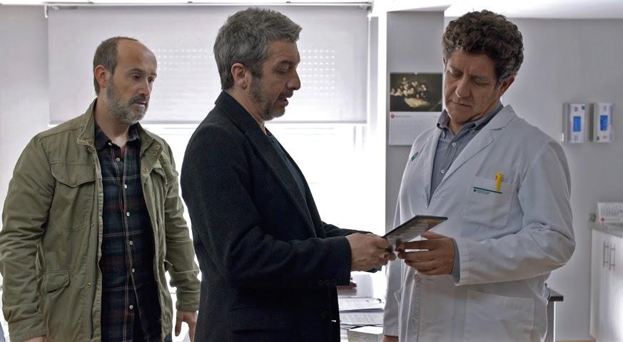 28 - J. Cámara - R. Darin - P. Casablanc - TRUMAN (fotograma de la película)