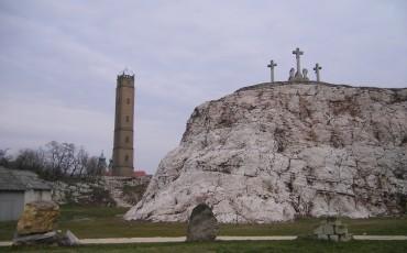 Tata-Kálvária-domb3