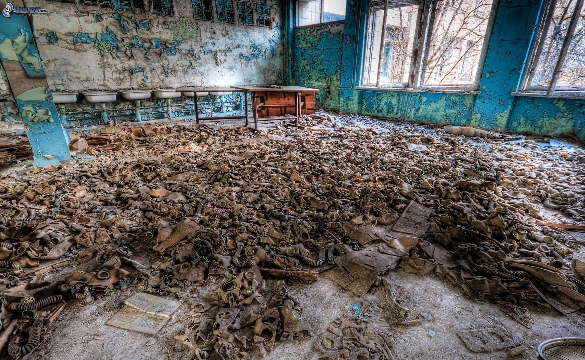 gazmaszkok,-elhagyott-szoba,-pripjaty,-csernobil-233956