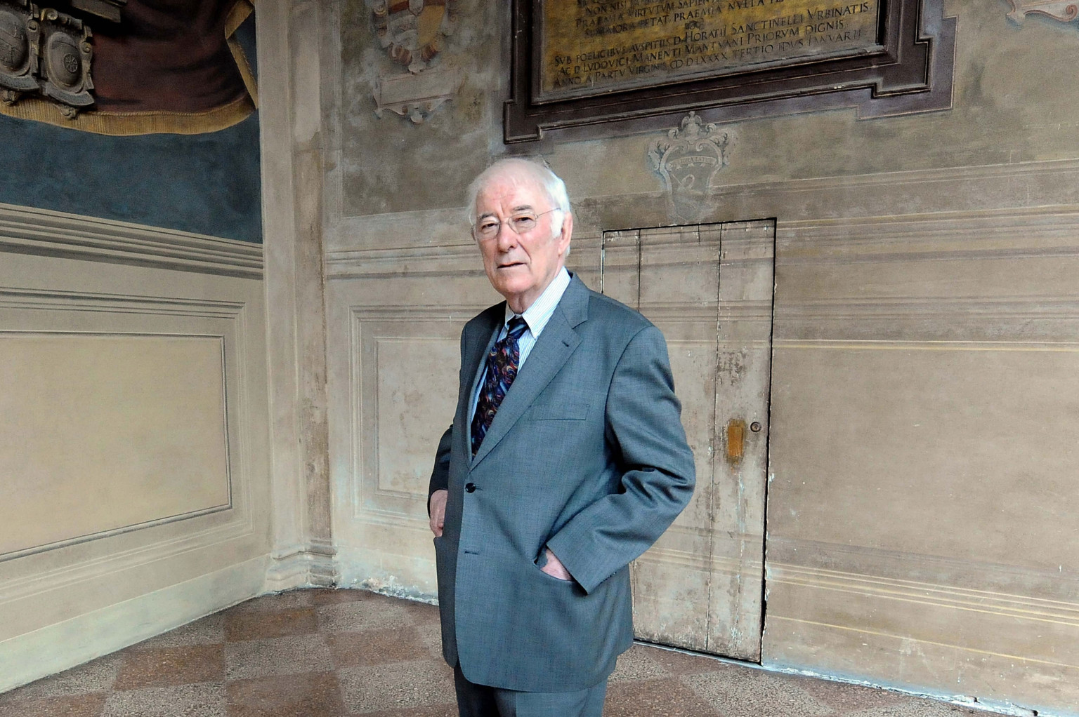 BOLOGNA, ITALY - APRIL 03: Irish author Seamus Heaney, recipient of 1995 Nobel prize for Literature, attends the celebrations about centenary of italian author Giovanni Pascoli for University of Bologna at Archiginnasio on April 3, 2012 in Bologna, Italy. (Photo by Mario Carlini - Iguana Press/Getty Images)