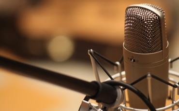 microphone-1003561_1280